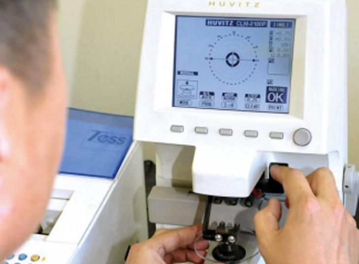 Проверка параметров очков оптика